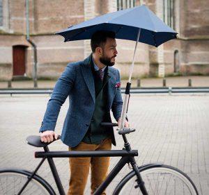 Senz paraplu tegen regen op de fiets